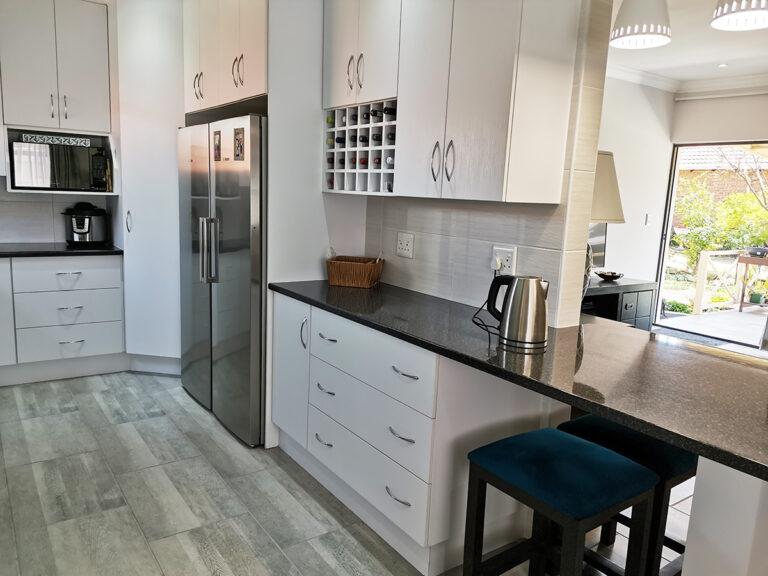 Rynpark retimrement Estate kitchen